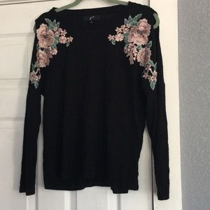 Cute black top with open shoulders size Small